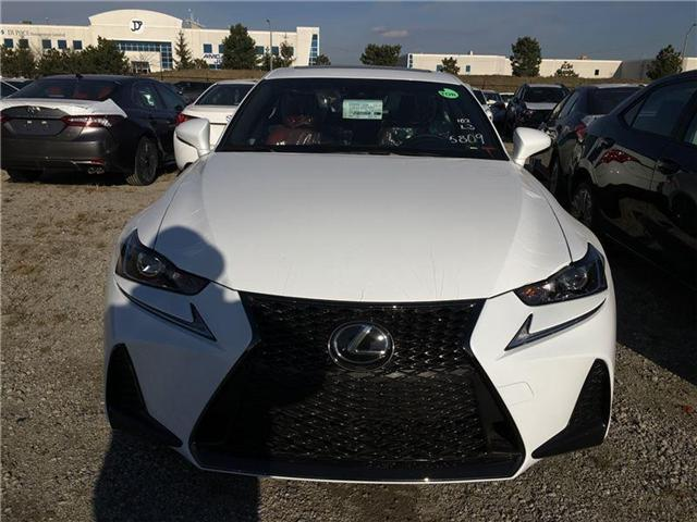 2018 Lexus IS 300 Base (Stk: 25960) in Brampton - Image 2 of 4