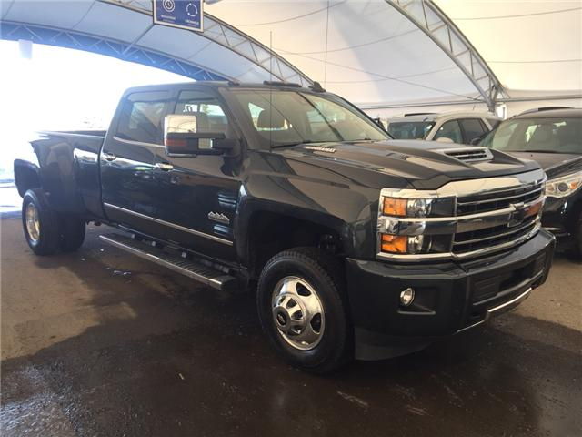 2018 Chevrolet Silverado 3500HD High Country (Stk: 157760) in AIRDRIE - Image 1 of 26
