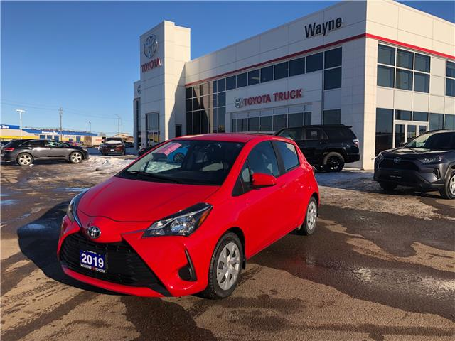 2019 Toyota Yaris LE (Stk: 11231) in Thunder Bay - Image 1 of 30
