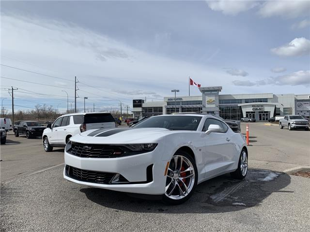 2021 Chevrolet Camaro 1LT (Stk: M0123901) in Calgary - Image 1 of 25