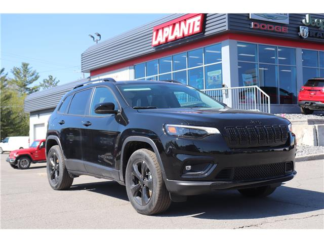 2021 Jeep Cherokee Altitude (Stk: 21037) in Embrun - Image 1 of 28