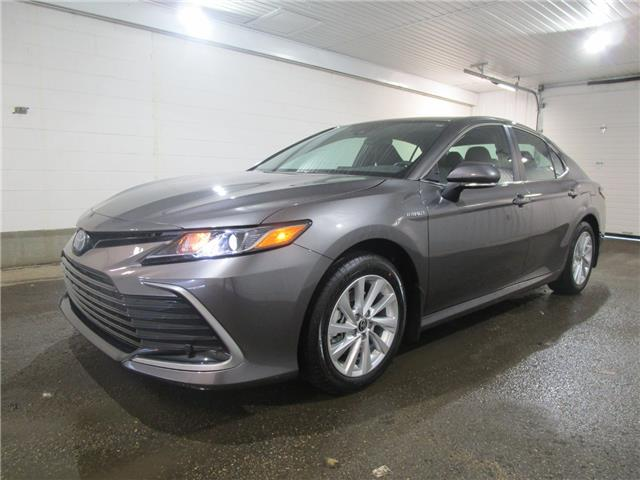 2021 Toyota Camry Hybrid LE (Stk: 211051) in Regina - Image 1 of 25