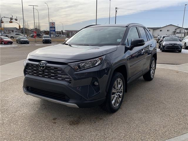 2021 Toyota RAV4 Limited (Stk: D19236) in Medicine Hat - Image 1 of 26