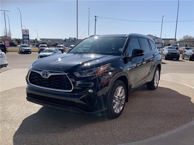 2021 Toyota Highlander Hybrid Limited (Stk: DB0271) in Medicine Hat - Image 1 of 28