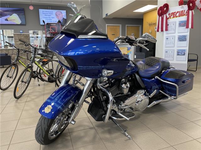 2019 Harley-Davidson ROAD GLIDE  (Stk: 01015) in Carleton Place - Image 1 of 20