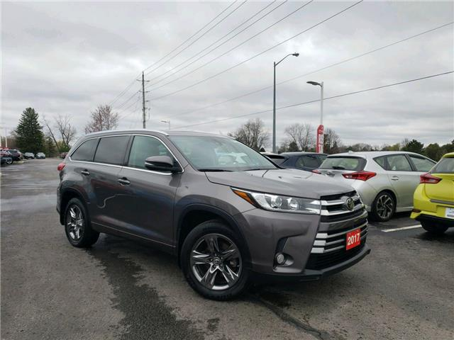 2017 Toyota Highlander Limited (Stk: P2530) in Whitchurch-Stouffville - Image 1 of 23