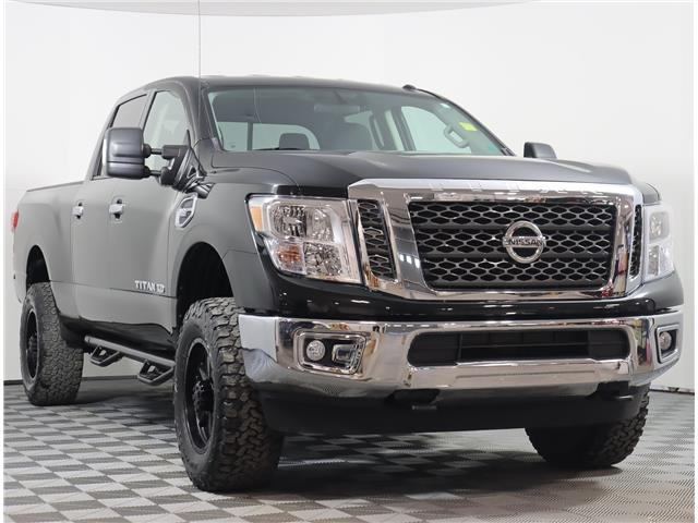 2018 Nissan Titan XD SV Gas (Stk: 201840A) in Fredericton - Image 1 of 20