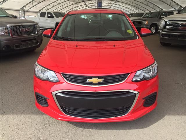 2018 Chevrolet Sonic LT Auto (Stk: 161362) in AIRDRIE - Image 2 of 19