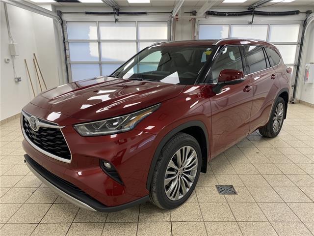 2021 Toyota Highlander Limited (Stk: 210389) in Cochrane - Image 1 of 20