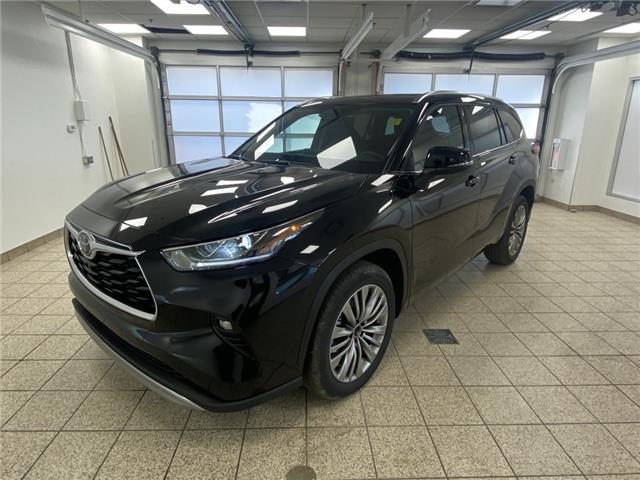 2021 Toyota Highlander Limited (Stk: 210430) in Cochrane - Image 1 of 20