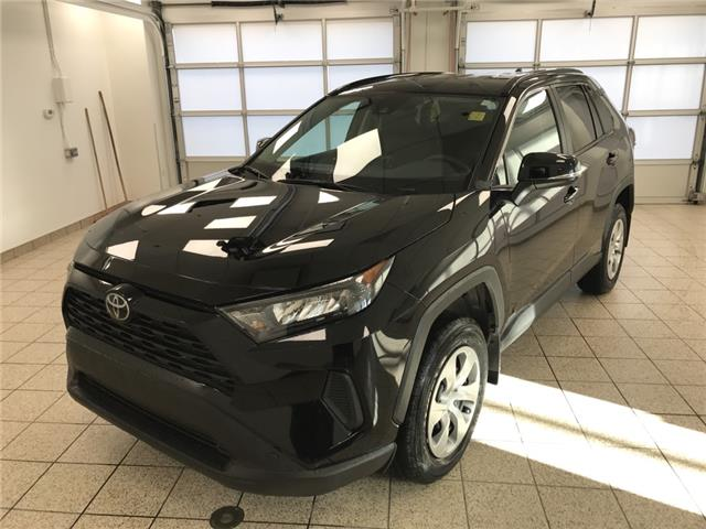 2021 Toyota RAV4 LE (Stk: 210466) in Cochrane - Image 1 of 21