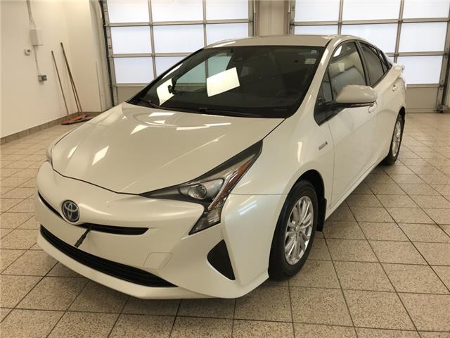 2018 Toyota Prius Base (Stk: 3416A) in Cochrane - Image 1 of 21