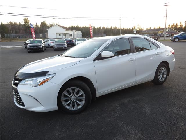 2016 Toyota Camry LE (Stk: S200433A) in St. Stephen - Image 1 of 13