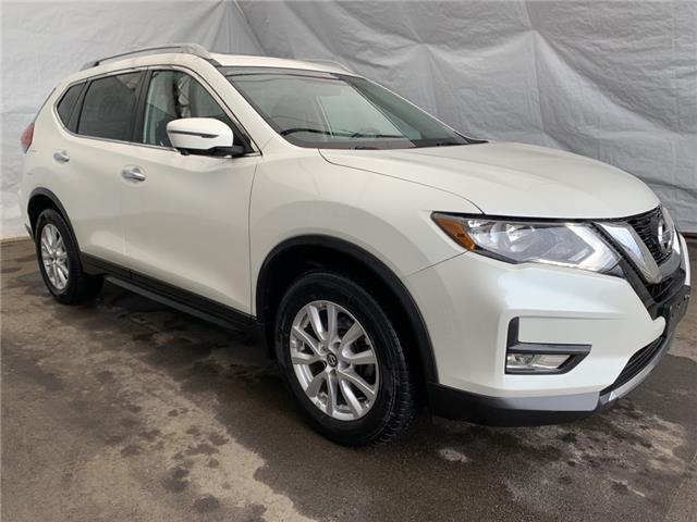 2017 Nissan Rogue SV (Stk: IU2346) in Thunder Bay - Image 1 of 19