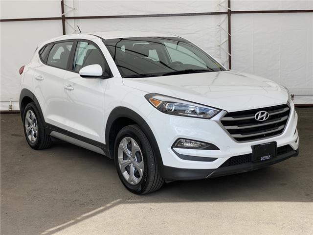 2018 Hyundai Tucson Premium 2.0L (Stk: 17288A) in Thunder Bay - Image 1 of 17