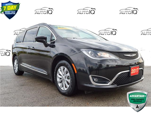 2017 Chrysler Pacifica Touring-L (Stk: M318AA) in Grimsby - Image 1 of 19