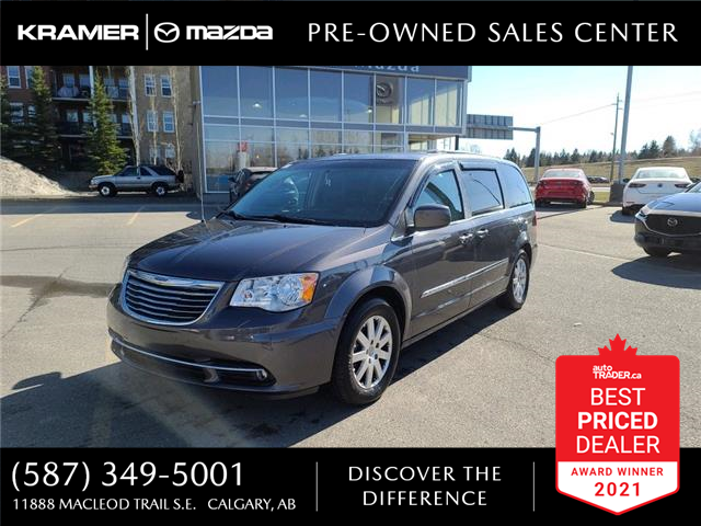 2016 Chrysler Town & Country Touring (Stk: K8241) in Calgary - Image 1 of 22