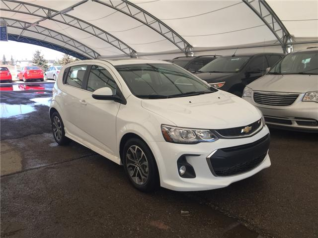 2017 Chevrolet Sonic LT Auto (Stk: 163671) in AIRDRIE - Image 1 of 20