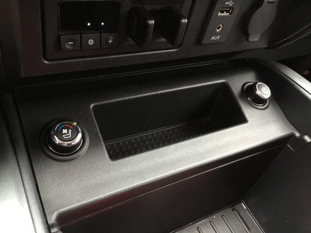 2016 Nissan Titan XD Platinum Reserve Diesel (Stk: U1305) in Hamilton - Image 16 of 30