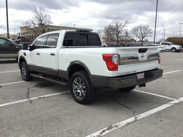 2016 Nissan Titan XD Platinum Reserve Diesel (Stk: U1305) in Hamilton - Image 24 of 30