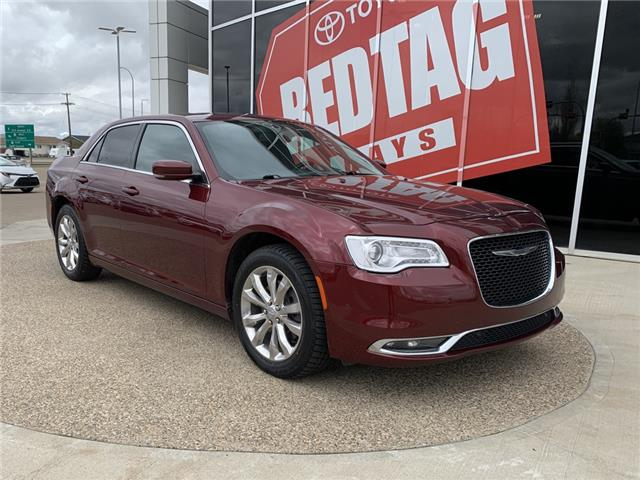 2017 Chrysler 300 Touring (Stk: K49499A) in Medicine Hat - Image 1 of 16