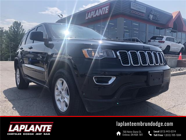 2017 Jeep Grand Cherokee Laredo (Stk: 21171A) in Embrun - Image 1 of 18