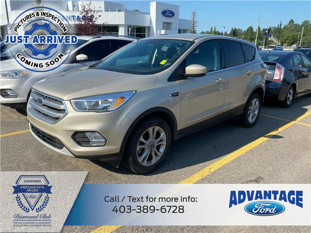 2017 Ford Escape SE (Stk: M-850A) in Calgary - Image 1 of 1