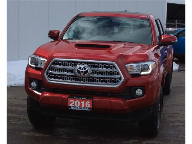 2016 Toyota Tacoma SR5 (Stk: T18270A) in Sault Ste. Marie - Image 1 of 10