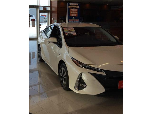 2018 Toyota Prius Prime Upgrade (Stk: B18003) in Sault Ste. Marie - Image 2 of 9