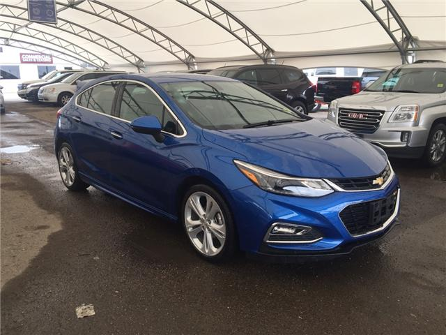 2017 Chevrolet Cruze Hatch Premier Auto (Stk: 164539) in AIRDRIE - Image 1 of 21