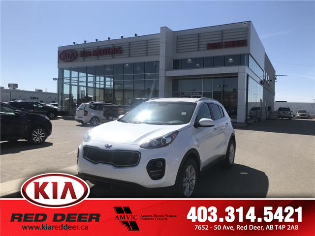 2018 Kia Sportage LX (Stk: 8SR2811A) in Red Deer - Image 1 of 9