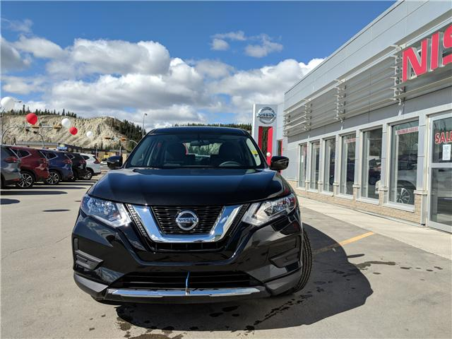 2018 Nissan Rogue S (Stk: 8R1184) in Whitehorse - Image 2 of 28