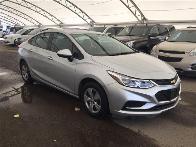 2017 Chevrolet Cruze L Manual (Stk: 164350) in AIRDRIE - Image 1 of 20