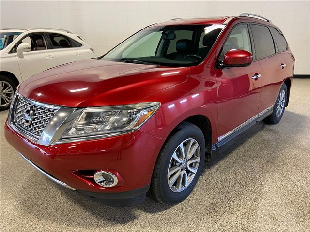 2014 Nissan Pathfinder Platinum (Stk: P12663A) in Calgary - Image 1 of 24