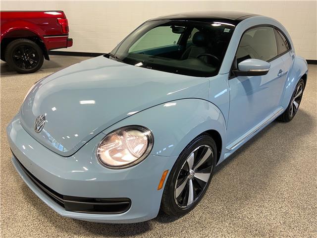 2012 Volkswagen Beetle Premiere+ (Stk: P12545A) in Calgary - Image 1 of 20