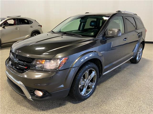 2016 Dodge Journey Crossroad (Stk: P12538A) in Calgary - Image 1 of 26