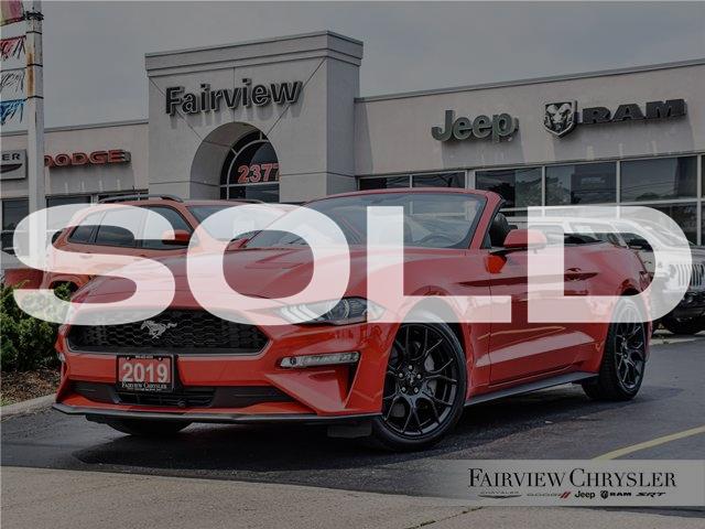 2019 Ford Mustang EcoBoost Premium (Stk: U18763) in Burlington - Image 1 of 37