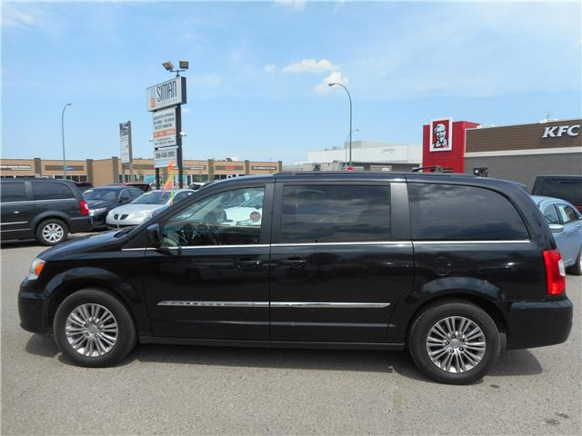 2015 Chrysler Town & Country Touring-L (Stk: CC2415) in Regina - Image 2 of 20