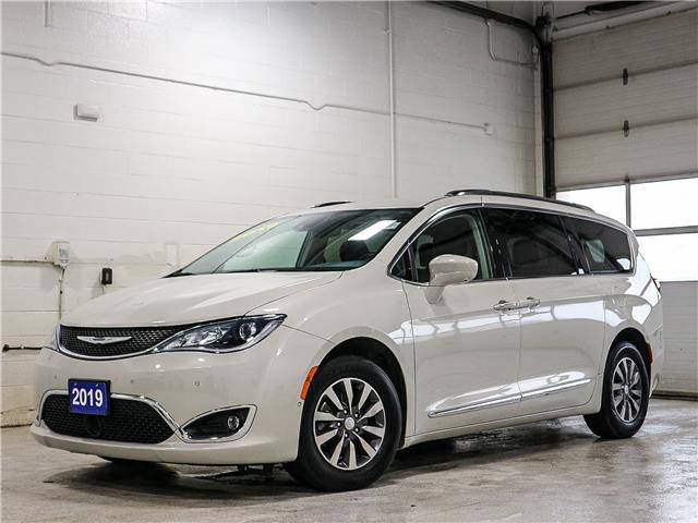 2019 Chrysler Pacifica Touring-L Plus (Stk: 21P109) in Kingston - Image 1 of 30