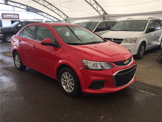 2017 Chevrolet Sonic LT Auto (Stk: 165281) in AIRDRIE - Image 1 of 20