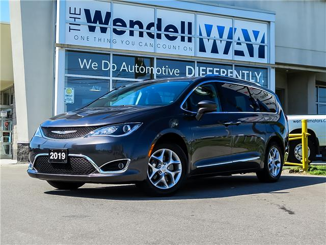 2019 Chrysler Pacifica Touring-L (Stk: 54447) in Kitchener - Image 1 of 27