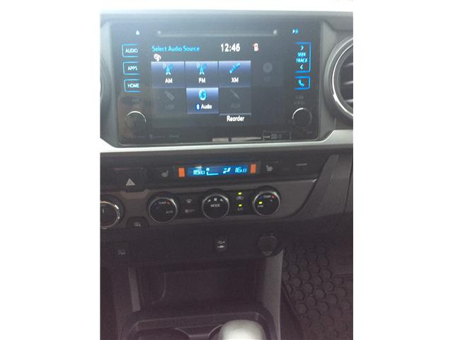 2017 Toyota Tacoma SR5 (Stk: T18250A) in Sault Ste. Marie - Image 9 of 10