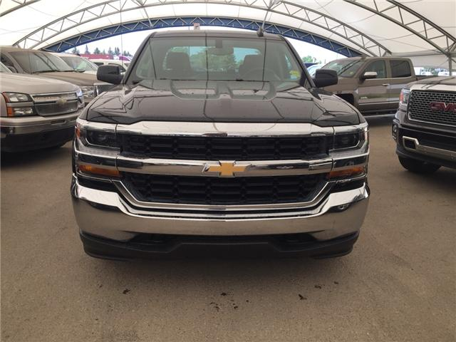 2018 Chevrolet Silverado 1500  (Stk: 165556) in AIRDRIE - Image 2 of 18