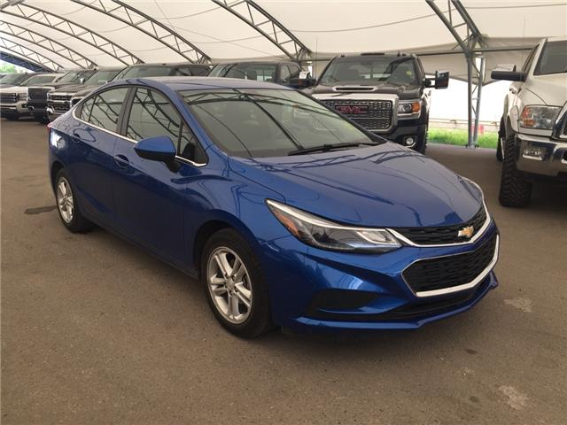 2018 Chevrolet Cruze LT Auto (Stk: 165563) in AIRDRIE - Image 1 of 20