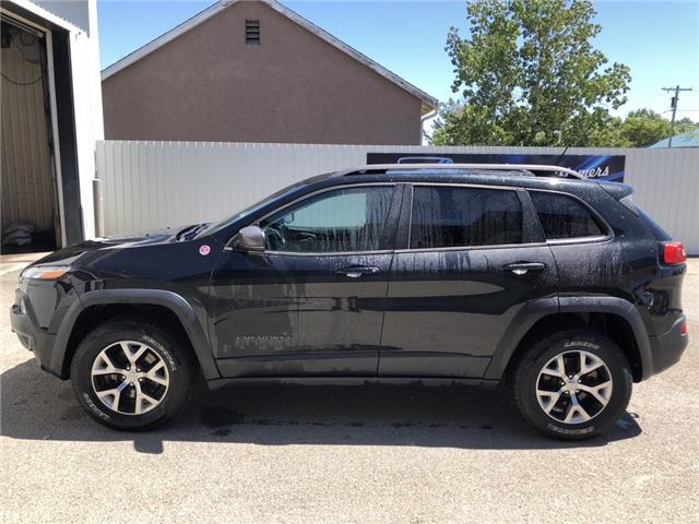 2014 Jeep Cherokee Trailhawk (Stk: 5976) in Fort Macleod - Image 2 of 23