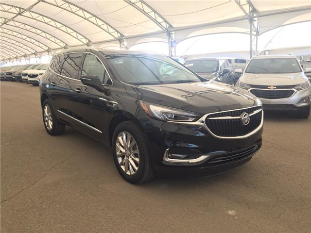 2018 Buick Enclave Essence (Stk: 164159) in AIRDRIE - Image 1 of 26