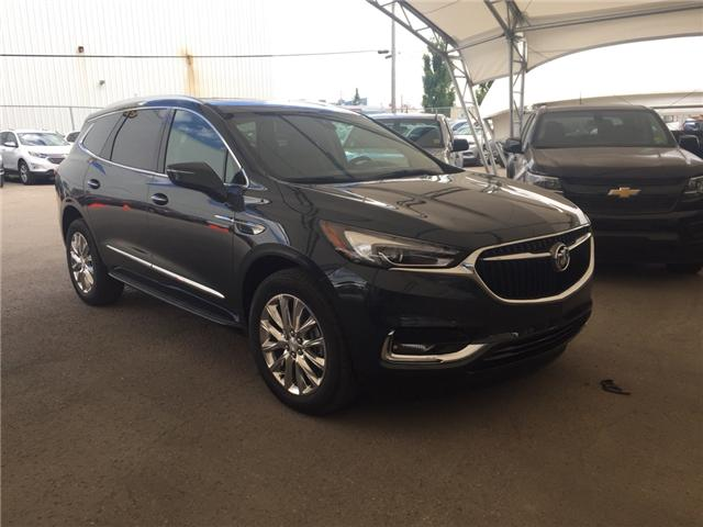 2018 Buick Enclave Premium (Stk: 163541) in AIRDRIE - Image 1 of 28