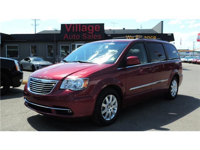 2013 Chrysler Town & Country Touring (Stk: P35265) in Saskatoon - Image 1 of 24