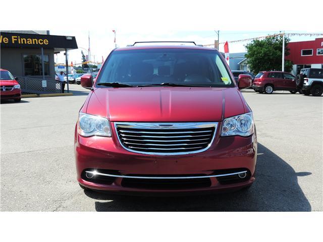2013 Chrysler Town & Country Touring (Stk: P35265) in Saskatoon - Image 2 of 24