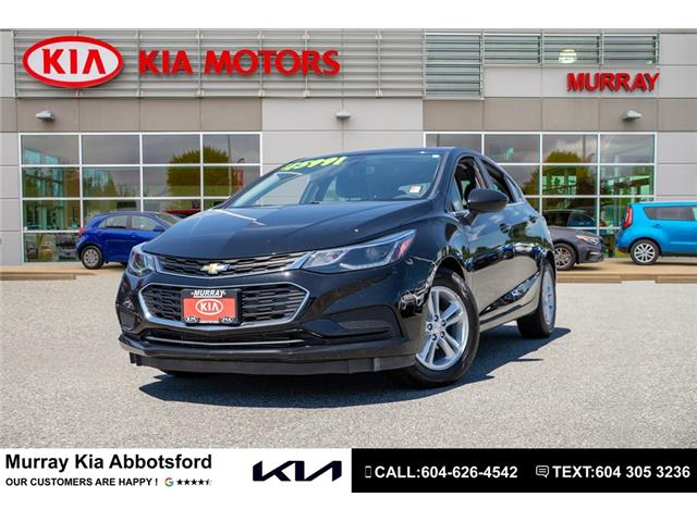 2017 Chevrolet Cruze Hatch LT Auto (Stk: SE19845A) in Abbotsford - Image 1 of 21
